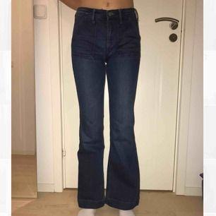 Jeans i 70-tals stuk från hm
