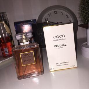 Äkta Chanel parfym endast testad men personligen gillar jag inte lukten, köpt från flygplats, orginalpris: ca 1500  GRATIS FRAKT!