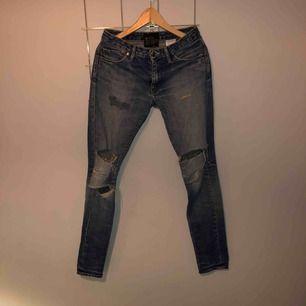 Trashade jeans från acne,