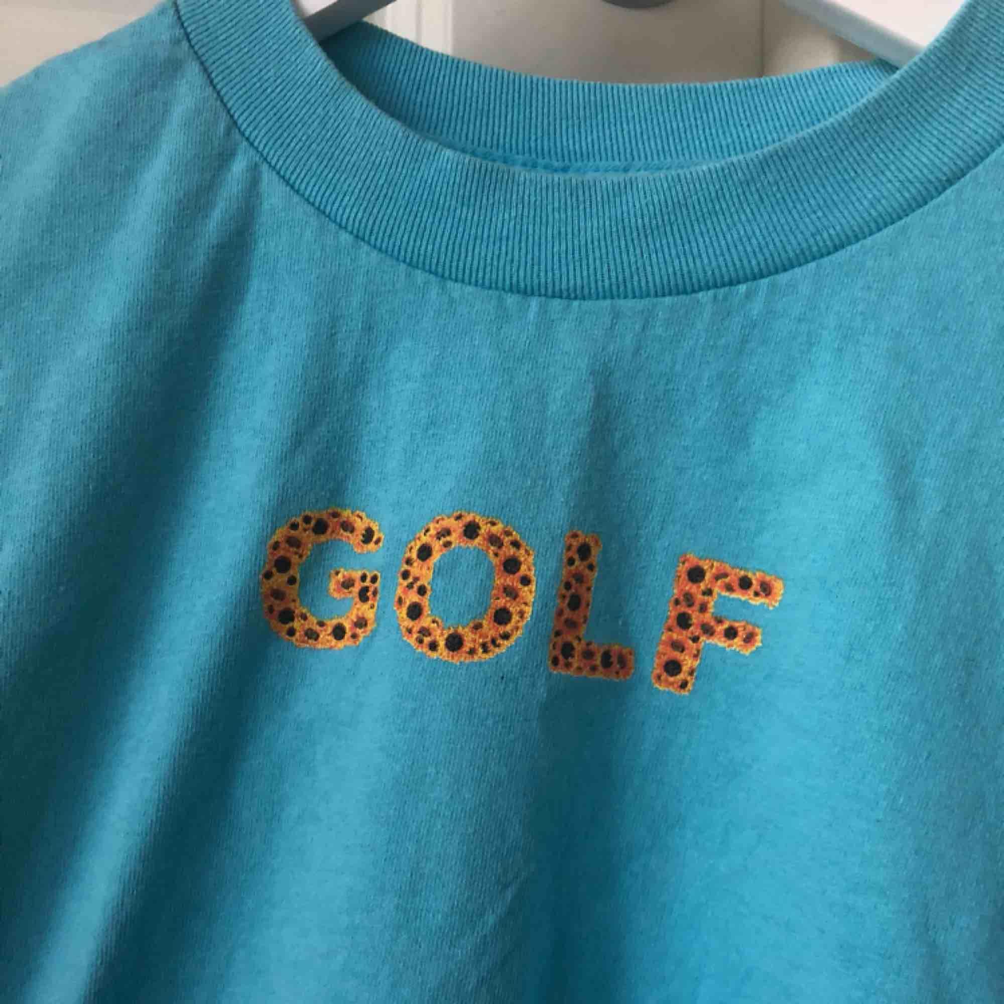 min fina golf sunflower tee<3 frakt ingår vid snabb affär. T-shirts.