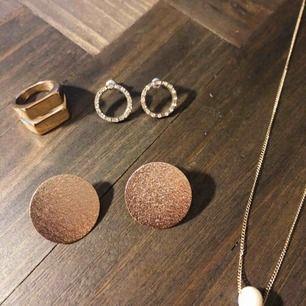 Jättefina smycken, ring oanvänd 🌞 45:-/st men sänker priset om du köper flera