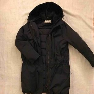 ACNE down jacket. Very big hood with super soft fur on the inside. Hood can be removed. Jacket was just cleaned. I'm a size small but this can definitely fit a medium. Drawstring at waist and at the bottom. Pick up in Stockholm or I can ship.