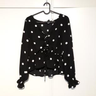 H & M Shirt / Blouser Versand oder Abholung von Sollentuna / Stadt