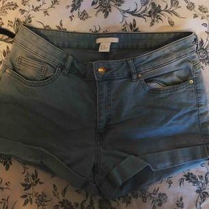 Jeansshorts storlek M, gratis frakt💗
