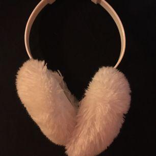 Ihop fällbara och justerbara vita öron muffar!