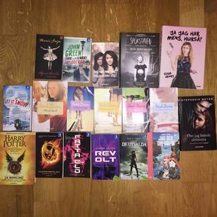 Fynda böcker i julklapp, kan mötas i veckan ! 10 kr per pocket, 15 per inbunden bok. Skriv om du har några frågor.