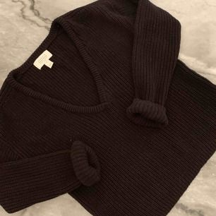 Knappt använd tröja från NA-KD storlek S