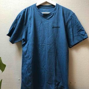 Patagonia t-shirt. Stl s. Fint skick!