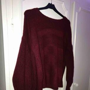 Röd stickad tröja, superfin och aldrig använd❤️