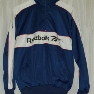 Reebok, cool hoodie kommer ej till användning