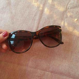 Solglasögon, frakt ingår inte i priset! Gott skick!