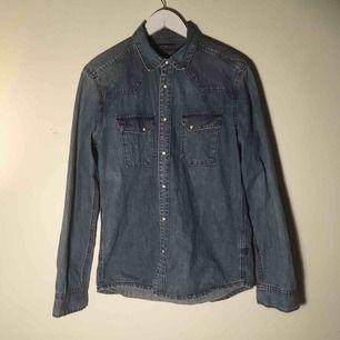 Jeansskjorta i bra skick!