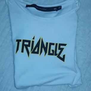 Vit t-shirt från Lager 157. Från