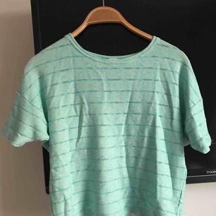 Stickad t-shirt från Cubus. 40kr + frakt💞