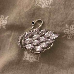 Material: Metall Mått: 4,5x 4cm