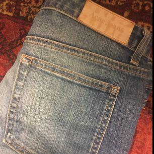 Acne jeans i stl 30/32. Hex Radisson. Nyskick.