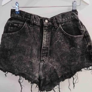 Skit snygga DYI jeans shorts från Lee!
