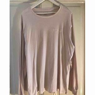 Säljer min Polar Skate Co longsleeve tröja, fint skick! Skulle säga att den är lite lite ljusrosa!