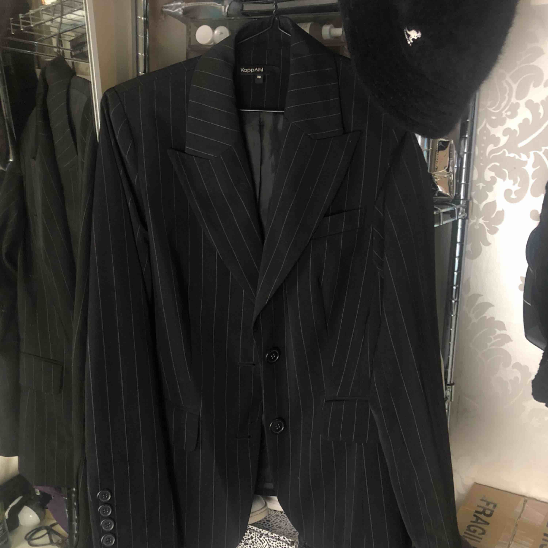 Randig blazer från Kappahl i storlek 36. Frakt 58:-. Kostymer.