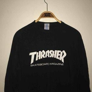 Svart (FAKE) Thrasher, dock i bra kvalitet! Långärmad t-shirt 🥳