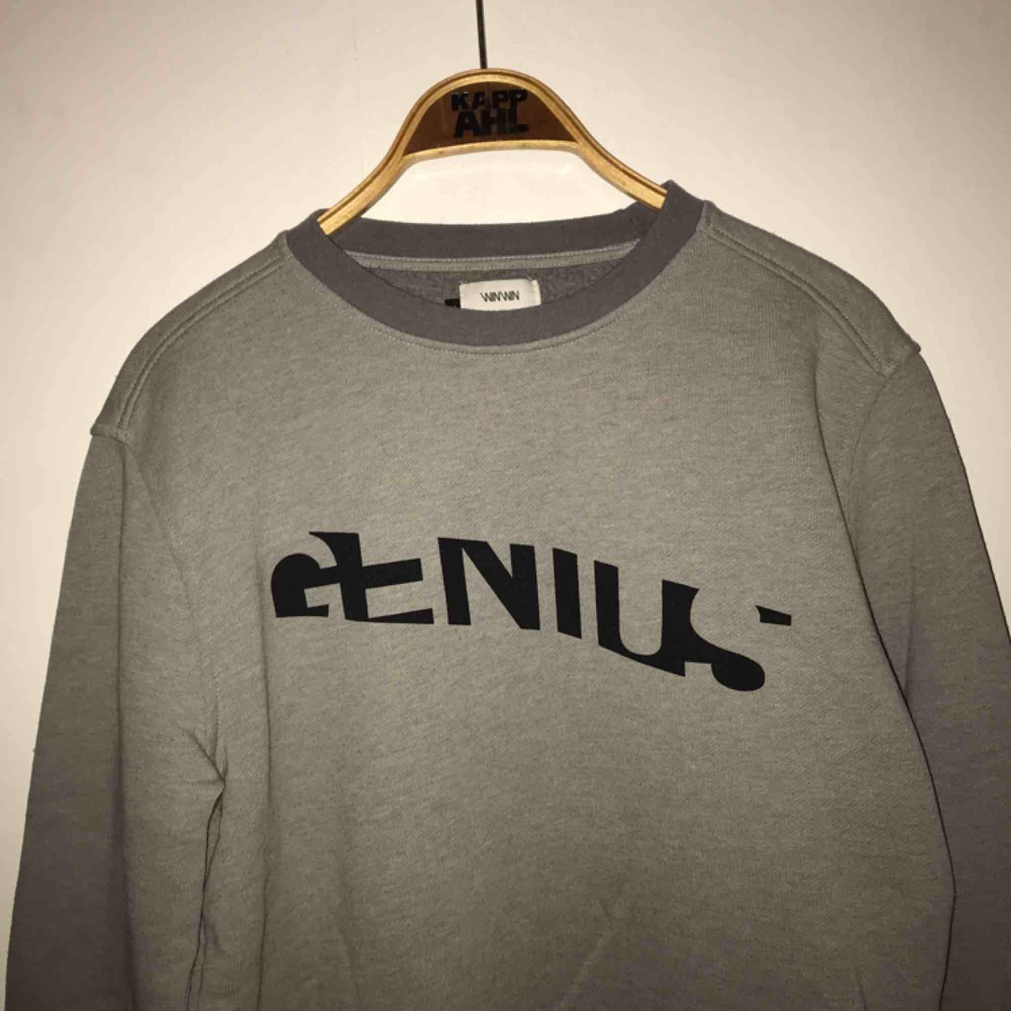 Grå tröja från Carlings!. Huvtröjor & Träningströjor.