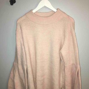Stickad rosa tröja från ginatricot i st: L Knappt använd Ink frakt