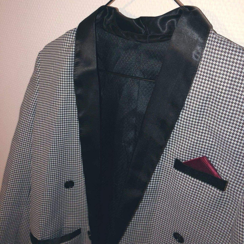 Unik vintagekavaj som sitter perfekt! . Kostymer.