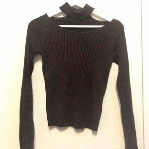 Fina tröja som flottar lite, möts upp i Stockholm eller vid frakt står köparen för den🙂