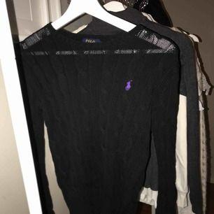 Ralph Lauren stickad tröja. Som ny.