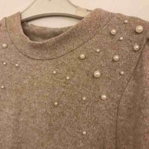Köpt på Gina tricot i storlek 34! 😊