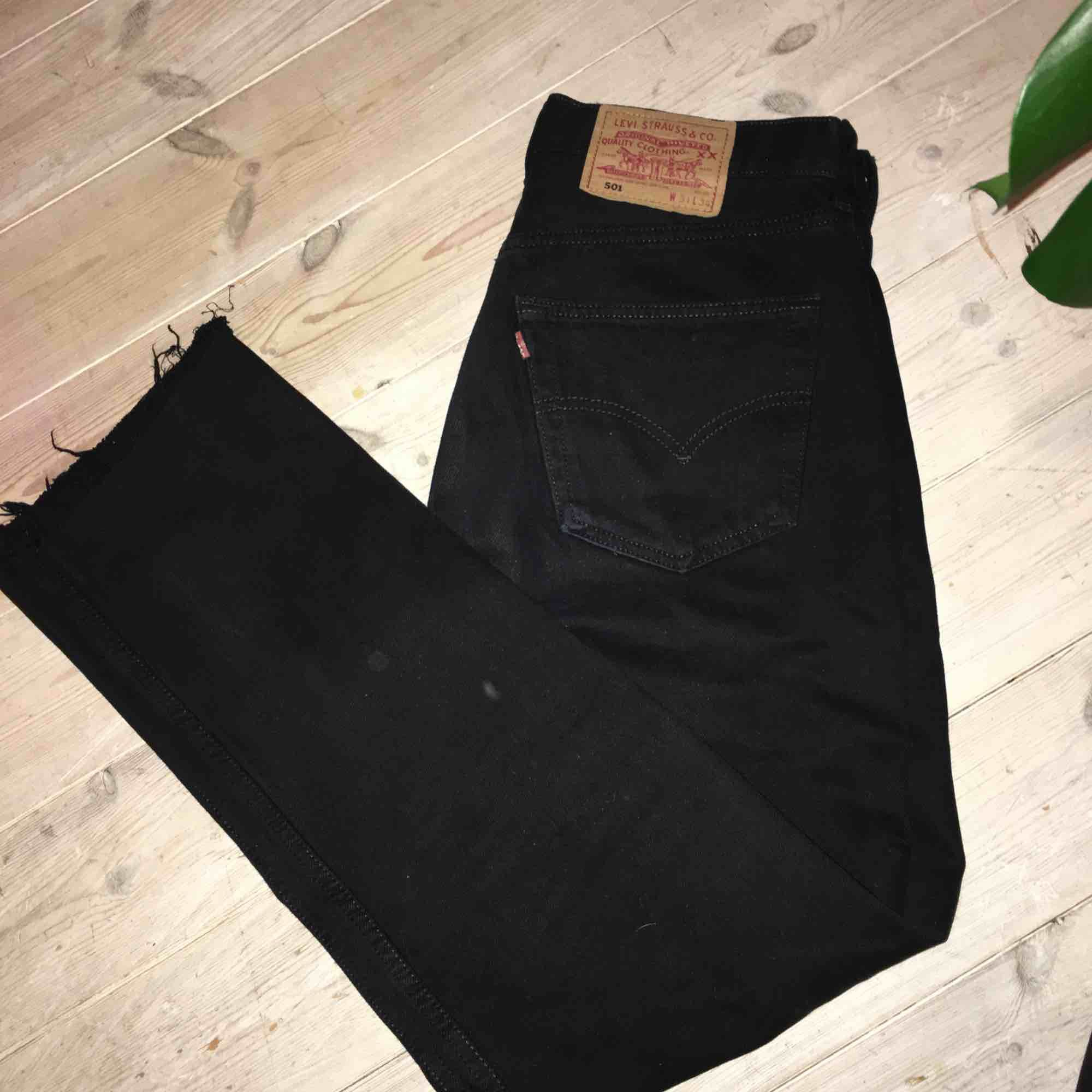 Levis 501or! Köpta second hand - Levi s Jeans   Byxor - Second Hand ebeb9a752eba4