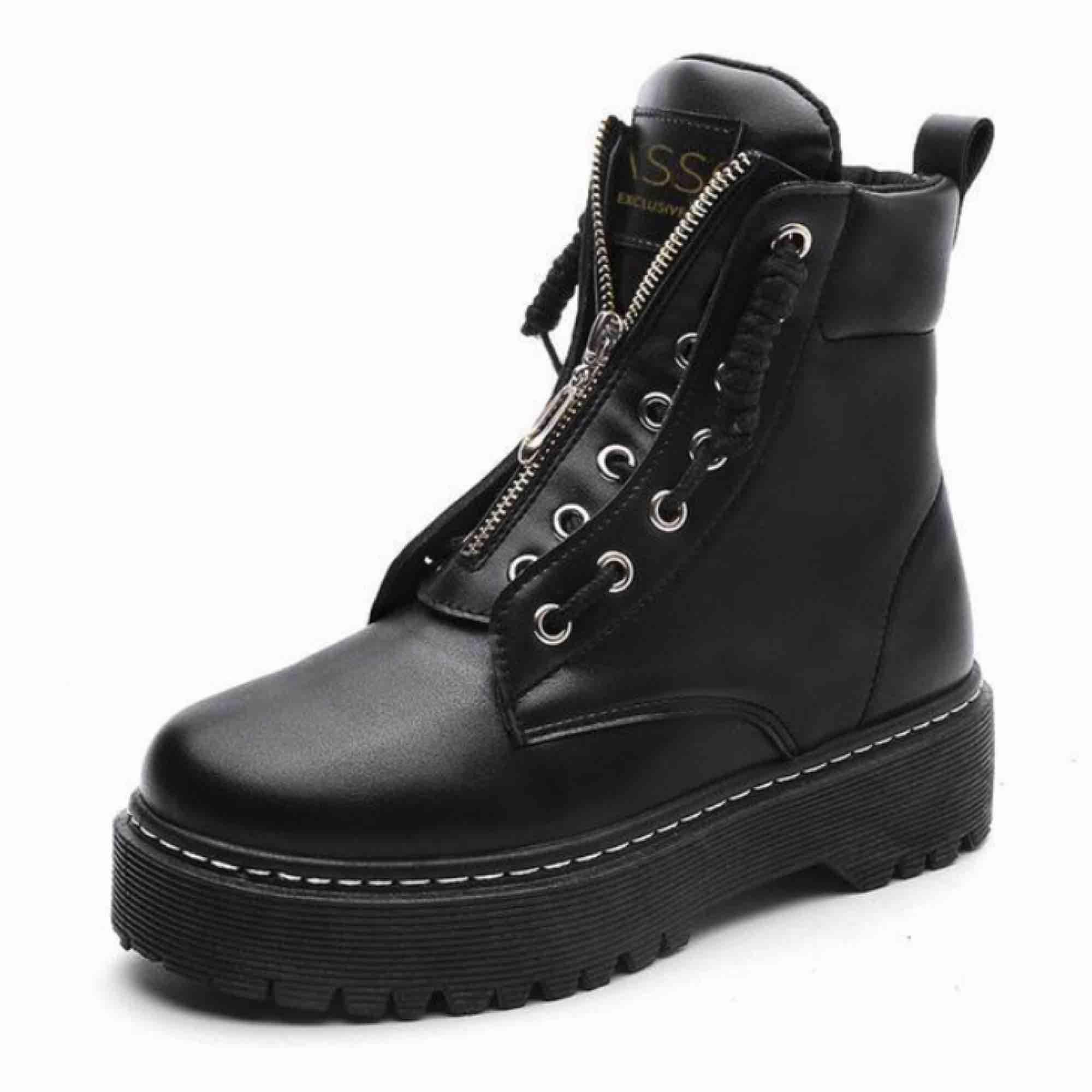 små skor på nätet