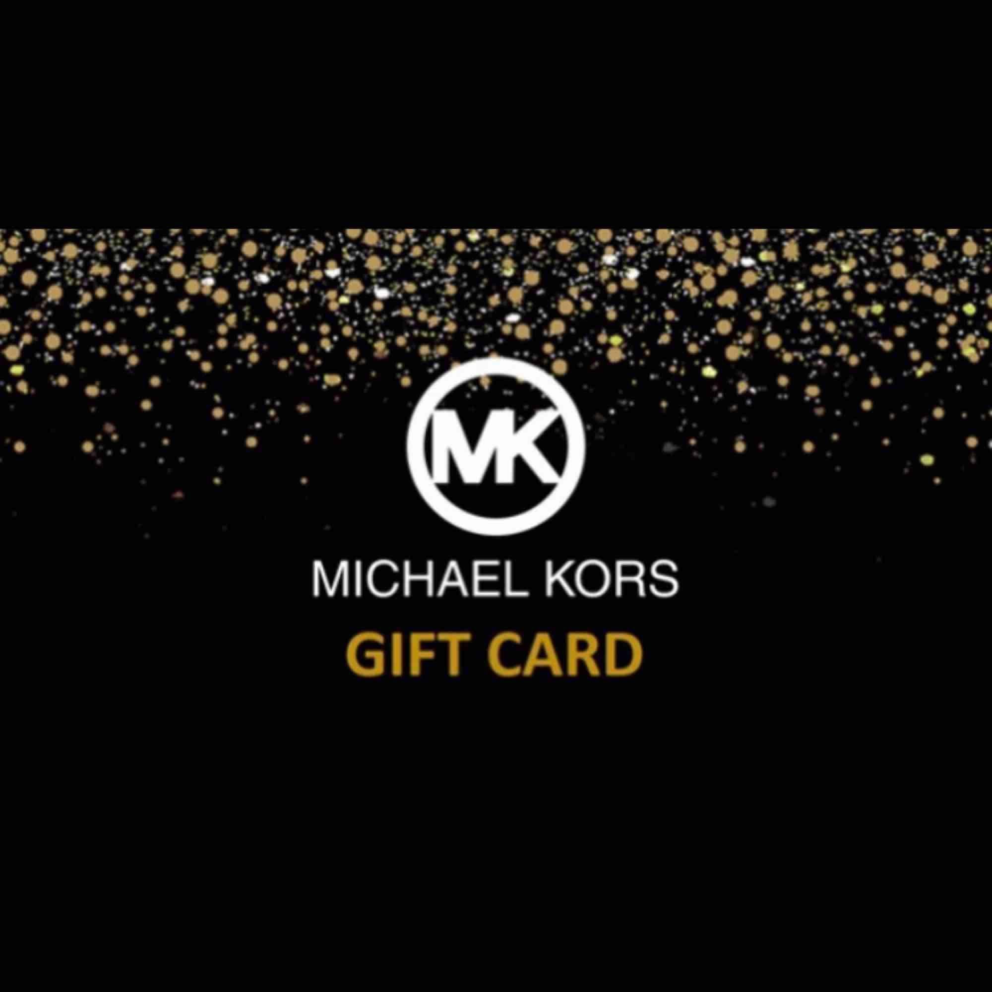 Säljer ett presentkort från Michael kors med ett värde på 2900kr. Kvitto finns och kortet gäller online och i Michael kors butiker.. Övrigt.