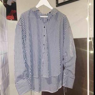 Jättefin oversize skjorta från Forever 21💕 oanvänd! Frakt 36kr