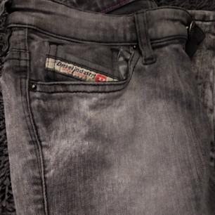 Diesel jeans strl 24. Snygg stentvätt.