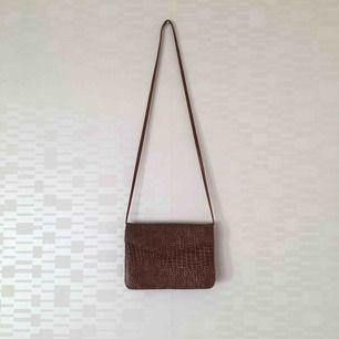 Enkel handväska. Köparen står för frakt (55:-)🧡