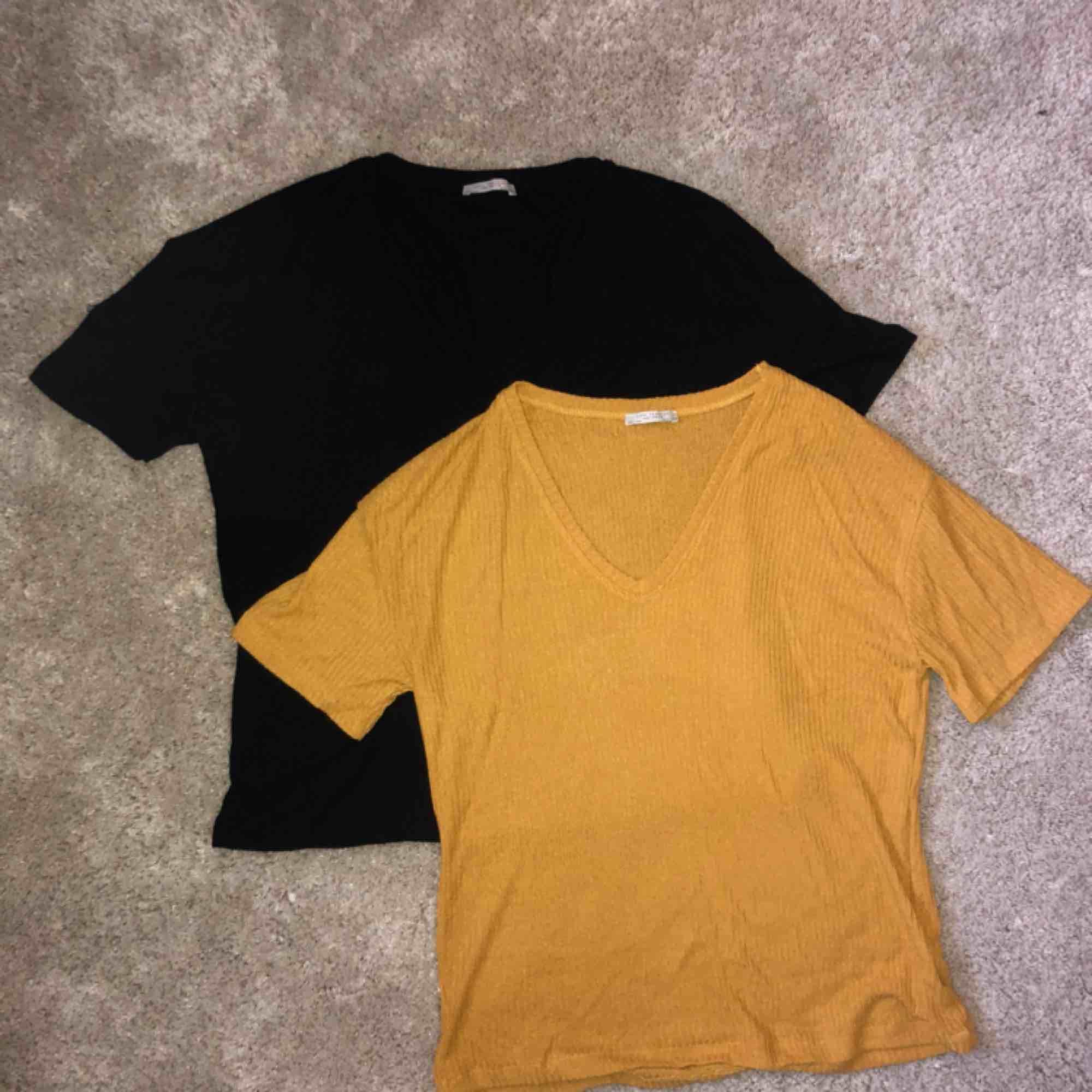 Paketpris för två ribbade tröjor 💓. Blusar.
