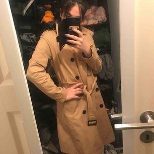 Kappa, aldrig använt, fick i present av min moster men passar ej min stil. Köparen står för frakt.