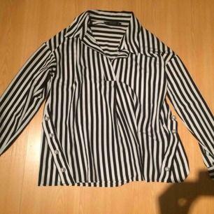 Zara skjorta ,användade en gång .