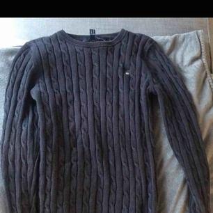 En äkta gant tröja , budning !! 😀 storlek XS