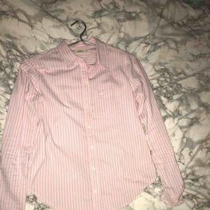 Jättesnygg skjorta från hollister!