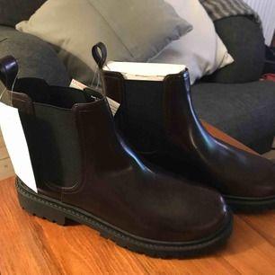 NYA skor från Monki Storlek 38