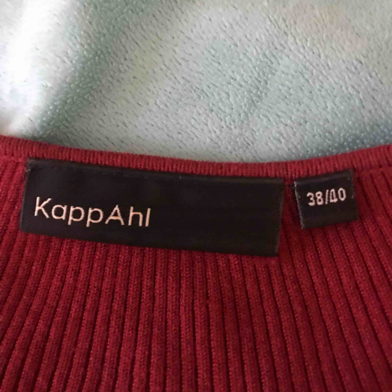 Fin tröja nästan oanvänd. Köparen står för frakt. . Tröjor & Koftor.