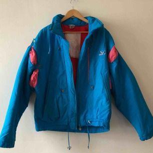 Terenit Snow Bird vintage täckjacka från 80-talet. Made in Finland - 38 på lappen sitter som en medium
