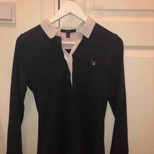 Blå gant tröja köpt för 1000