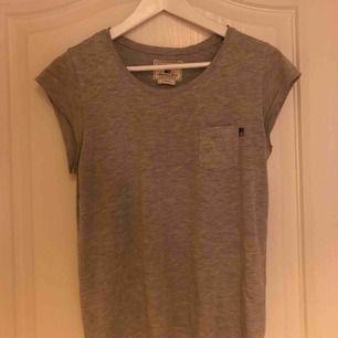 En tröja från lexington , storlek XS men passar till en S också.😀