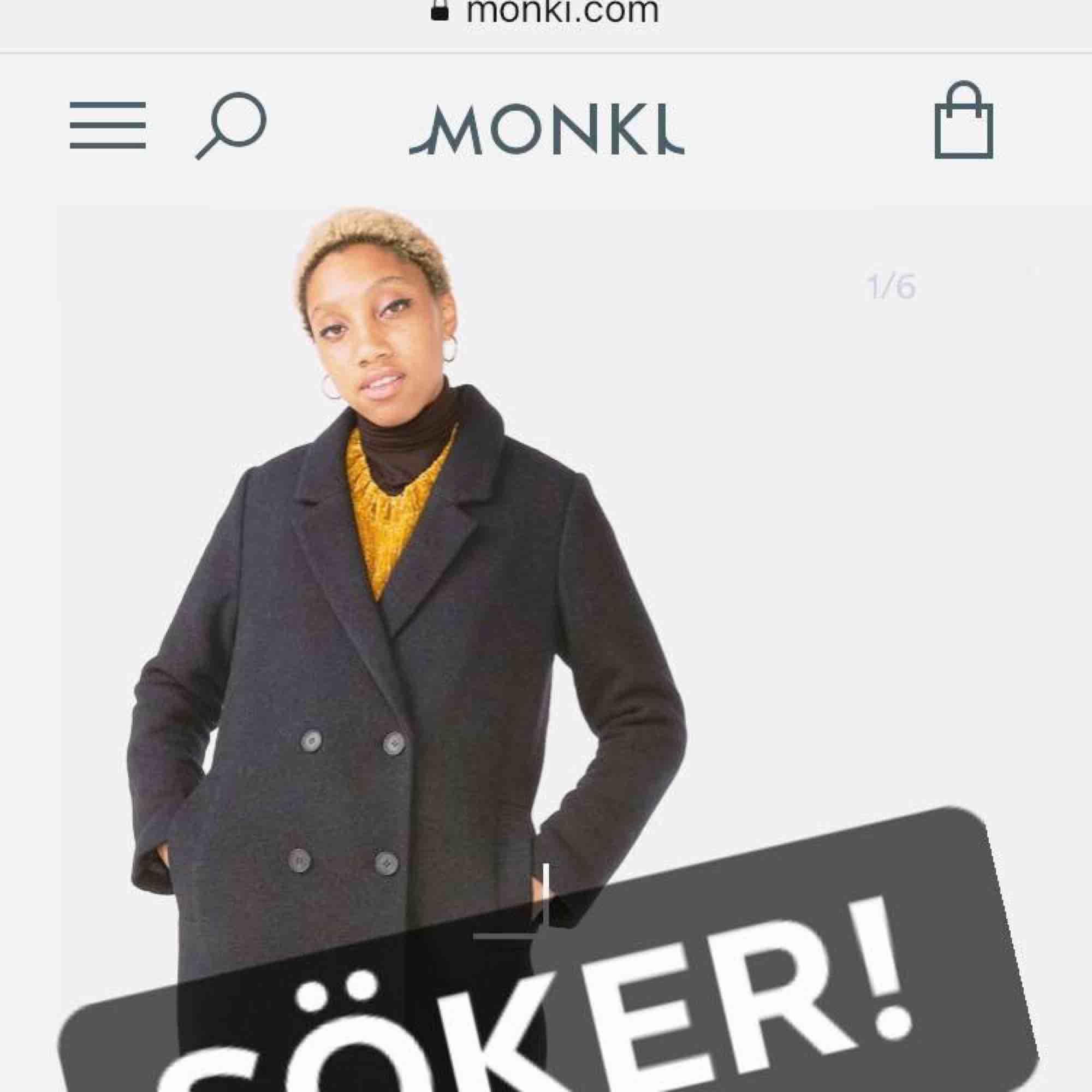 ff0d1c0e SØG Klassisk jakke i uldblanding fra Monki! I størrelse M Ville være så  glad!