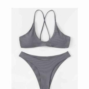 Skitsnygg grå bikini, helt ny och aldrig använd!