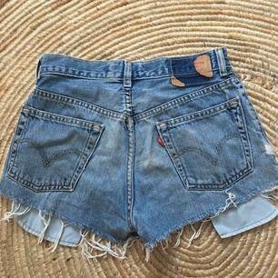 Levis shorts stl 29, M