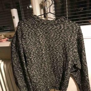 Snygg stickad tröja från zara